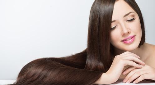 تنعيم الشعر بشكل طبيعي: طرق عديدة ومتنوعة - ويب طب