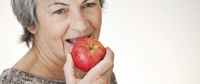 تغذية كبار السن: أطعمة تبطئ الشيخوخة