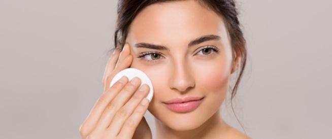 كيف تحافظين على بشرتك صحية وجذابة؟