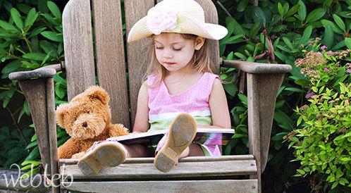كيفية اختيار قصص للأطفال الرضع؟