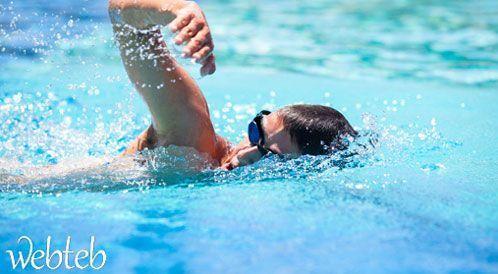 فوائد السباحة للجسم والنفس لا تعد ولا تحصى