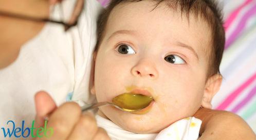 غذاء الاطفال.. منذ الولادة حتى جيل سنة