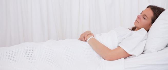 مخاطر الولادة القيصرية: تعرفي عليها