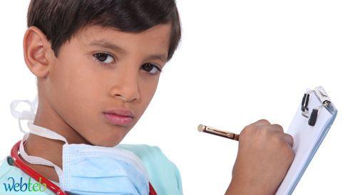 استمارة زيارة طبيب الأطفال في سن العشرة أعوام