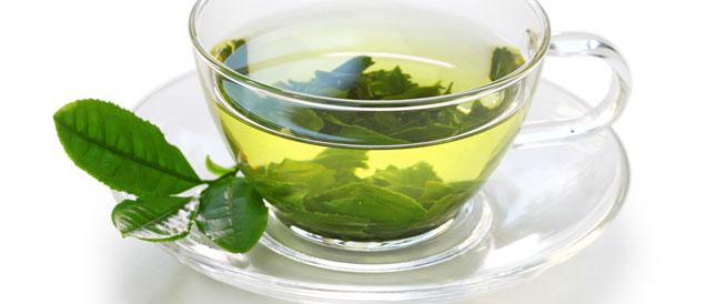 8 فوائد صحية للشاي الأخضر