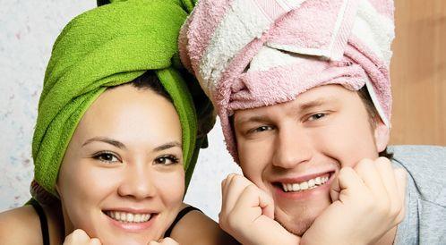 الشعر المبلل يسبب نزلات البرد؟ الأسطورة والواقع!