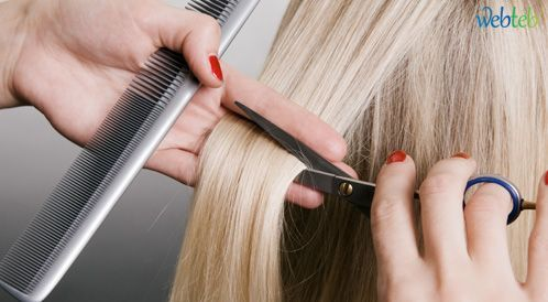 طريقة قص الشعر بالبيت