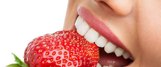 التغذية والعناية بالفم والأسنان