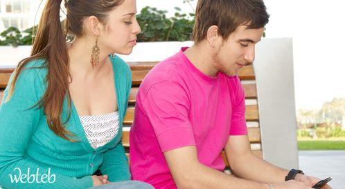 الغيرة بين الزوجين: متى تصبح مدمرة؟