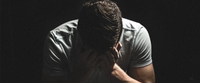 أسباب ألم الخصيتين: قائمة بأهمها