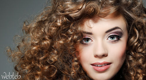 4cf580aa7 كل المعلومات حول الشعر المجعد: كيفية العناية والرعاية به !