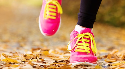 3aeec5e02 5 أخطاء ترتكبها عند اختيار حذاء رياضي جديد ! - ويب طب