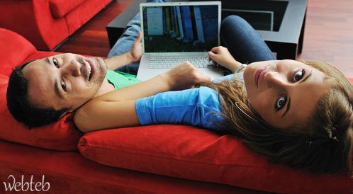 شبكات التواصل الاجتماعي وتأثيرها على العلاقات الزوجية