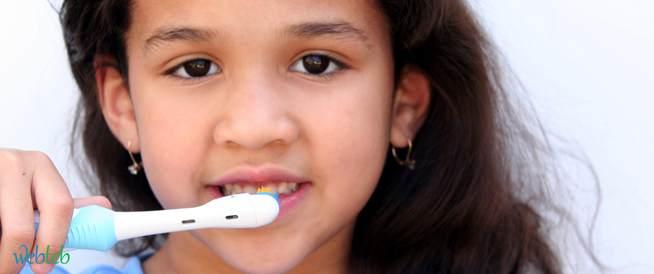 الأسنان اللبنية ومواعيد نموها