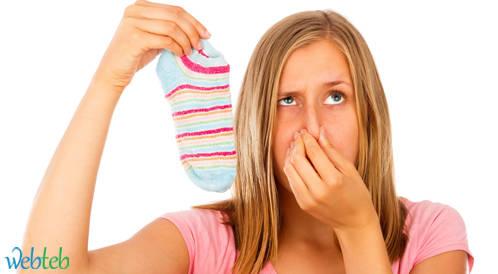 رائحة القدم الكريهة: الأسباب والعلاج
