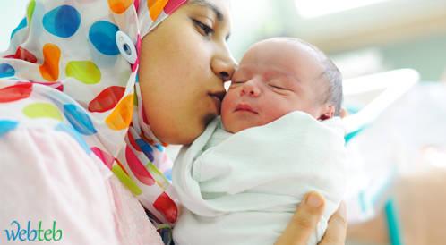 الرضاعة الطبيعية والاصطناعية والتعايش مع مولودك الجديد