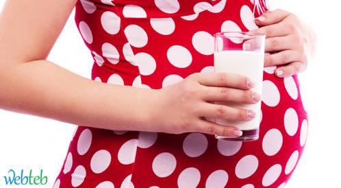الحليب العضوي لا يقلل من ذكاء الجنين