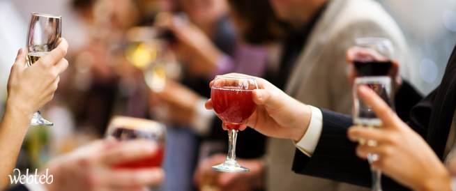 الشرب الاجتماعي: المخاطر الخفية للكحول