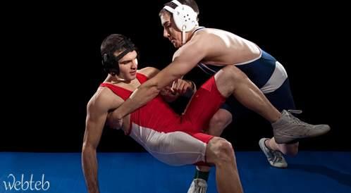 تمتع باللياقة والصحة بممارسة المصارعة