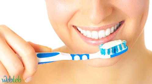 كيف تتمتَّع بأسنانٍ صحيّة؟