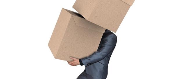 حمل الأغراض بأمان: نصائح لحماية ظهرك