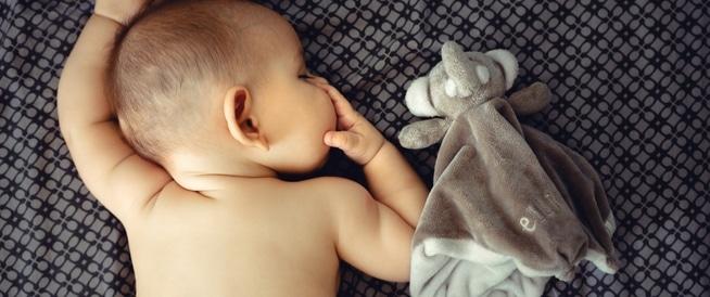 كيف تتعامل مع مشاكل الأطفال الجلدية؟