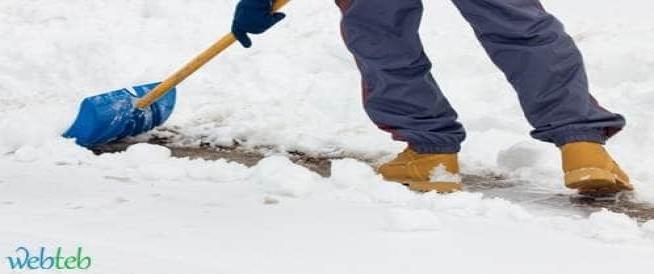 جرف الثلج وخطر الإصابة بالنوبة القلبية