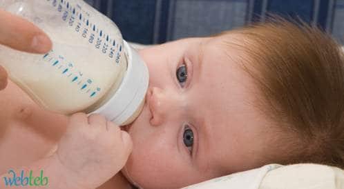 نَصائِح عند استخدام قنينة الرضاعة الصناعية