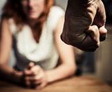 العنف وإساءة المعاملة