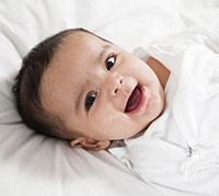 فحص الدم للاطمئنان على صحة الرضيع