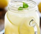 الماء والليمون لحرق الدهون