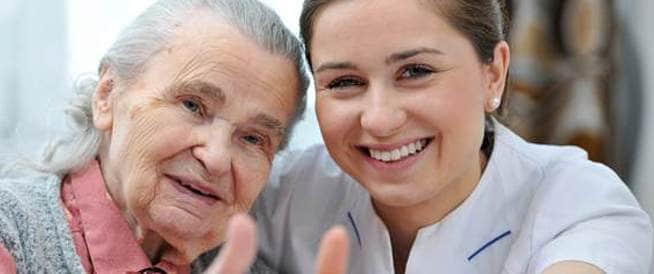 كيف نختار دار رعاية المسنين الانسب؟
