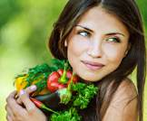 أهم عشرة اغذية ومشروبات لبشرة متوهجة وشعر صحي