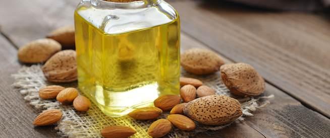 فوائد زيت اللوز الحلو لصحة جلدك وشعرك