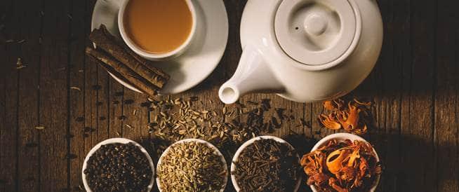 فوائد الشاي الأبيض بمقابل فوائد الشاي الأحمر