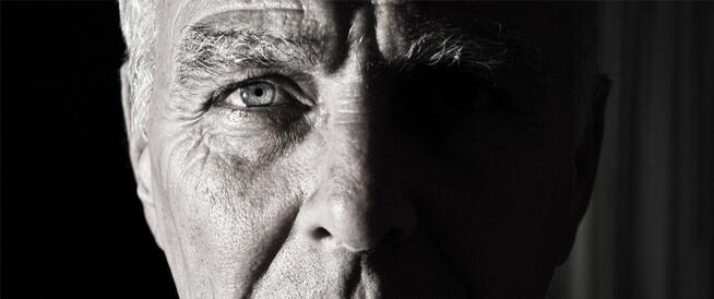 جفاف العين: الأسباب وطرق العلاج