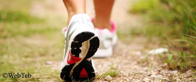 50baa1184 ما هي مواصفات حذاء المشي الأمثل لك - ويب طب