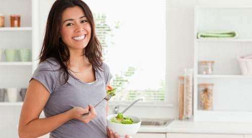 الحمل وتناول السمك: ما الأطعمة التي يمكن تناولها بأمان؟