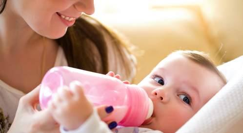 تركيبة حليب الرضاعة: إجابات لكافة تساؤلاتك