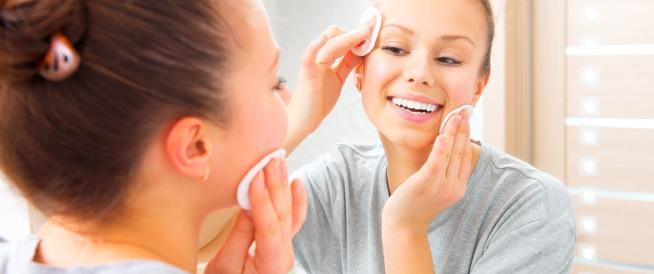 10 علاجات تجميلية للحفاظ على مظهر شاب