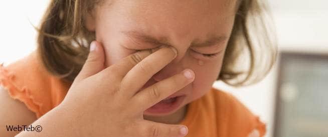 نوبات الغضب عند الطفل في سن الحبو
