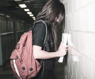 الاكتئاب في الجامعة: ما يحتاج الآباء إلى معرفته