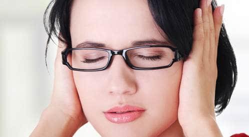 كل المعلومات حول احتباس الماء داخل الأذن