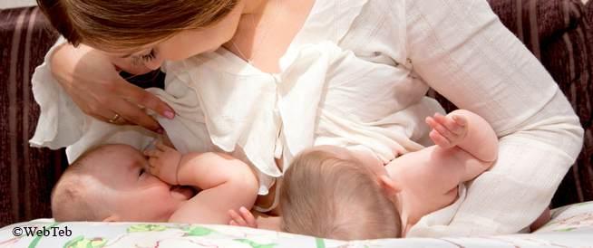 تغذية التوأم بالرضاعة الطبيعية: تنظيم الرضاعة على نحو يسير