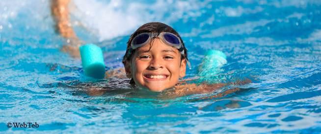 سباحة الأطفال: الوقاية من المخاطر الصحية