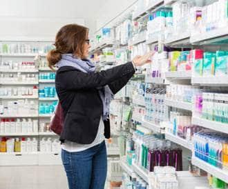 منتجات علاج حب الشباب المتاحة دون وصفة طبية: أيها يفيد، ولماذا؟