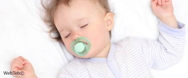 قيلولة الرضيع: نصائح النوم في فترة النهار
