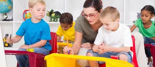 طيف التوحد لدى الأطفال والأجهزة الالكترونية!