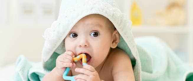 9 خطوات مهمة لتحمي بشرة طفلك