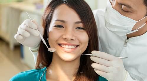 أسئلة يجب أن تطرحها على طبيب الأسنان